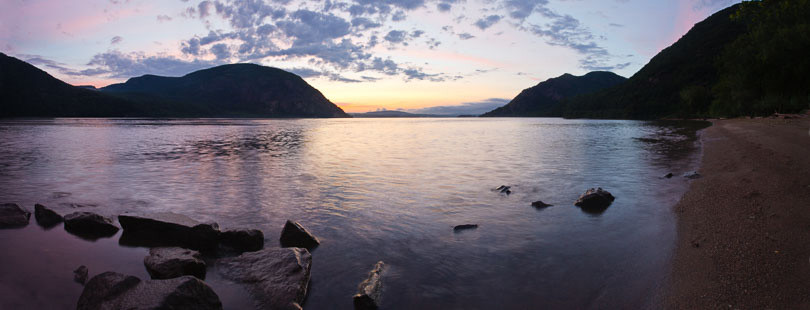 Featured-Photo.RRjr_Little-Stony-Point,-Hudson-River