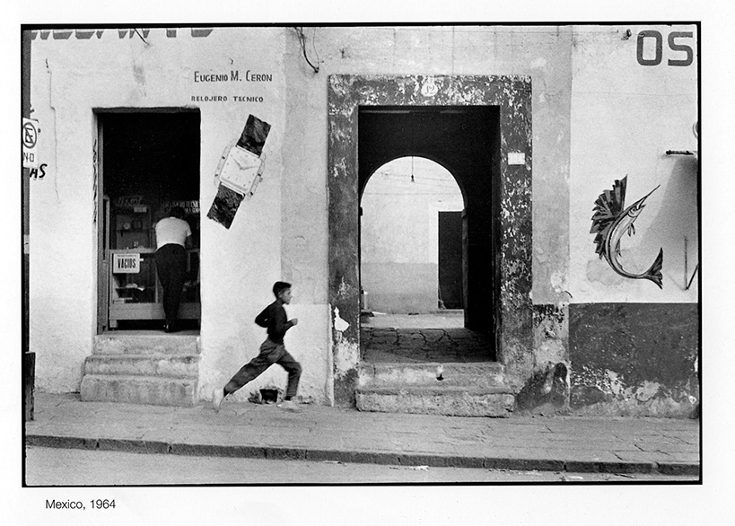 the decisive moment essay The decisive moment by henri cartier bresson you it comes with an additional booklet containing an essay on the history of the decisive moment by centre.
