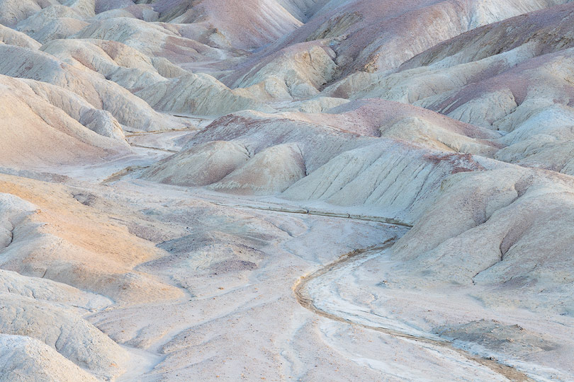 Sarah-marino-twenty-mule-team-badlands-Death-Valley-810px