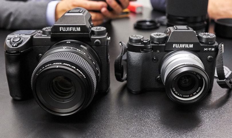 Comparison of the GFX to the X-T2