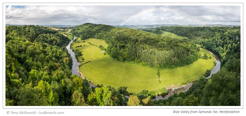 Wye Valley from Symonds Yat, Herefordshire – 11-image stitch 13359x5779px in Lightroom; 35mm (equiv.) ƒ4@1/250 ISO100 EV0
