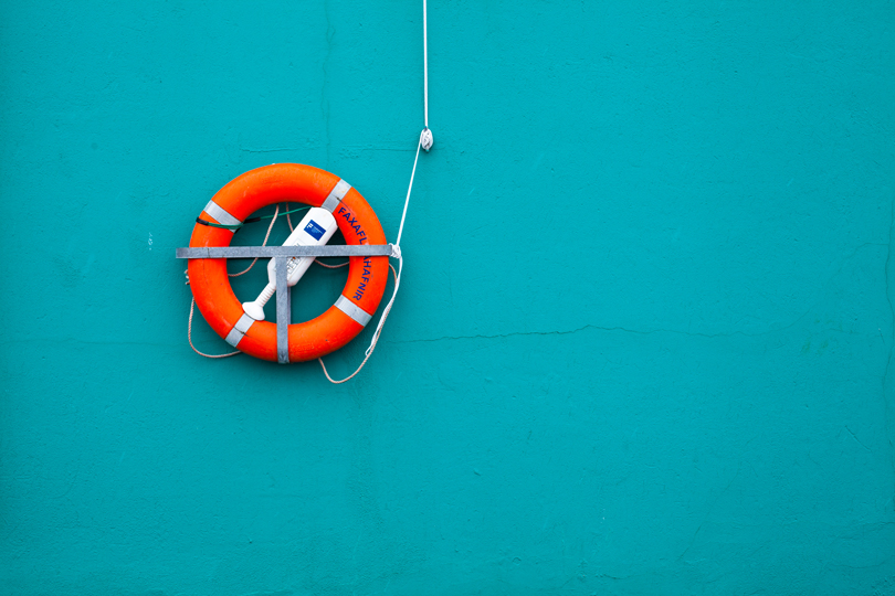 """Contrasts"" The composition of the buoy by a ""sea"" of complimentary colour not only helps accentuate the buoy, it also evokes a sense of the buoy being in water where it is most useful."